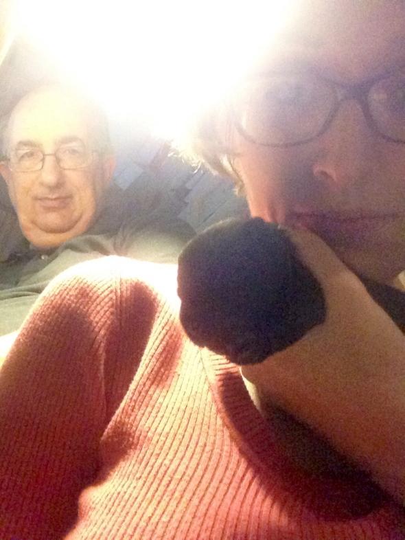 I nonni in un mostruoso selfie di cui nessuno di noi sentiva particolarmente la necessità...